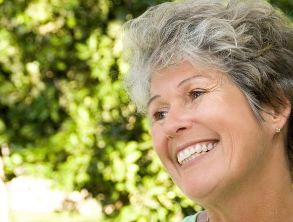 Dentist in Lake City | Optimal Gum Health for Seniors